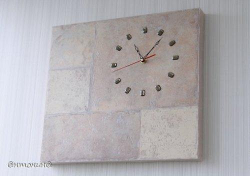 Часы из ламината