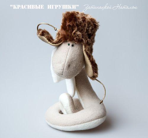 Игрушка новогодняя змея. Фото