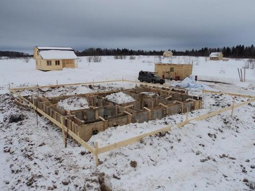 Как залить фундамент зимой?