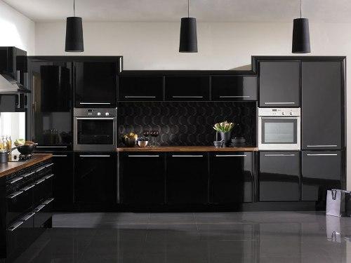 Кухни черного цвета хранят секреты и тайны