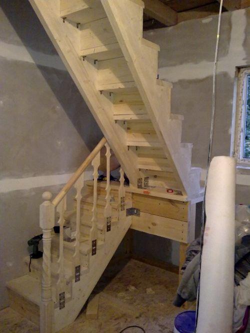 Как построить лестницу на чердак