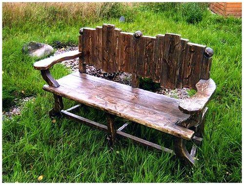 Необычная деревянная скамейка для дачи