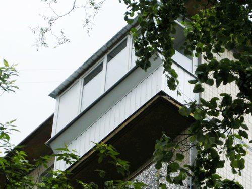 Балкон с выносом. Фото 4