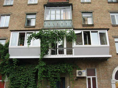 Балкон с выносом. Фото