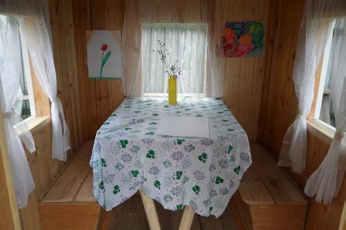 Внутренний интерьер детского домика