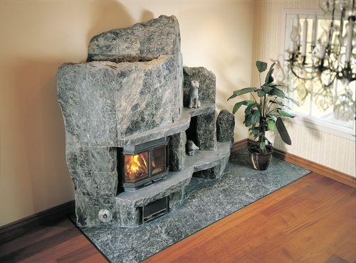 Каменный камин в интерьере. Фото