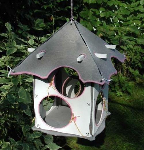 Необычные кормушки для птиц своими руками фото