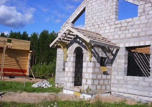 Строительство крыши в тамбуре