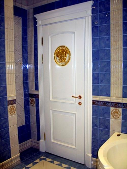 Двери в ванную комнату. Фото 4