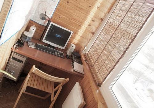 Интерьер маленького балкона. Фото 3