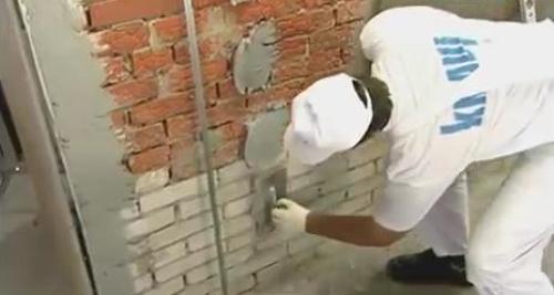 Штукатурка стен. Установка направляющих маяков
