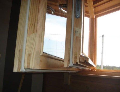 Как можно утеплить окна и дверы?