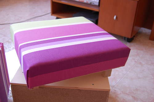 Обивка пуфа тканью