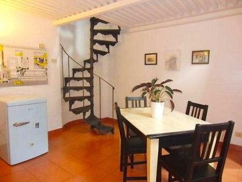 Винтовая лестница на мансарду. Фото 4
