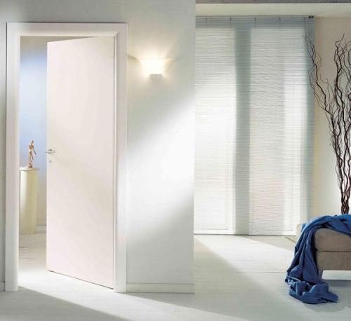 Белые глянцевые межкомнатные двери. Фото 6