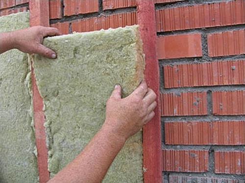 Утепление кирпичной стены минватой