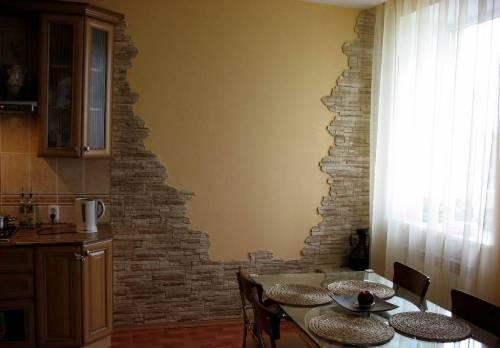 Декоративный камень в интерьере квартиры. Фото 10