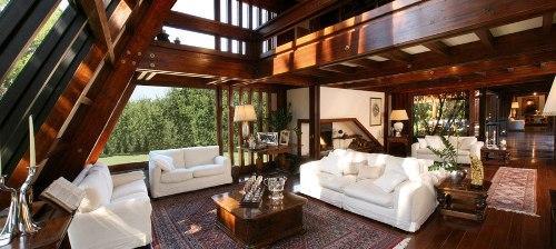 Правила отделки интерьера дома в стиле фахверк