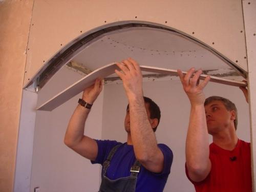 Монтаж изогнутого элемента арки