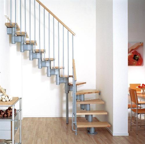 Готовые металлические лестницы  на второй этаж