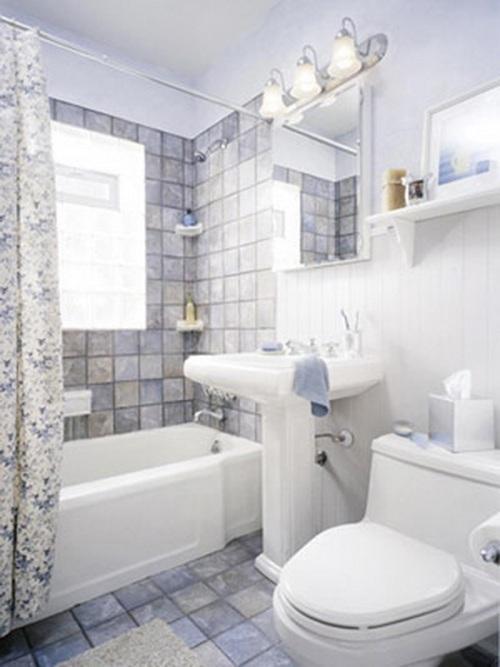 Интерьер маленькой ванной комнаты. Фото 10