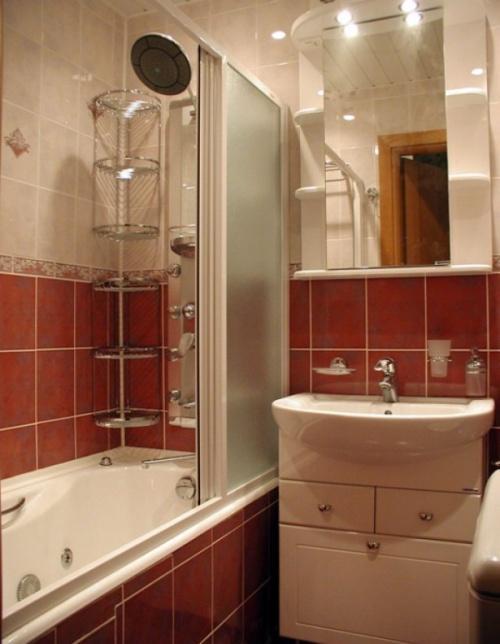 Интерьер маленькой ванной комнаты. Фото 9