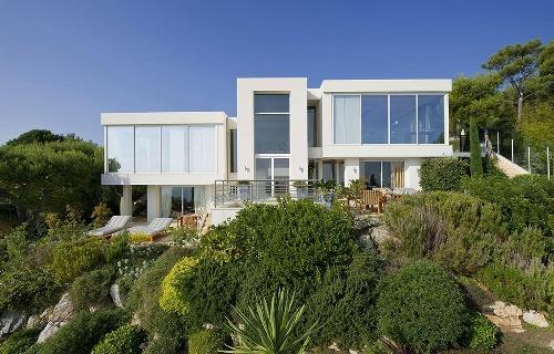 Как построить красивый дом своими руками?