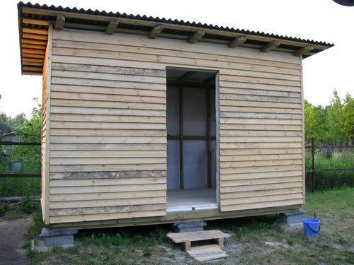 Двери и окна для сарая