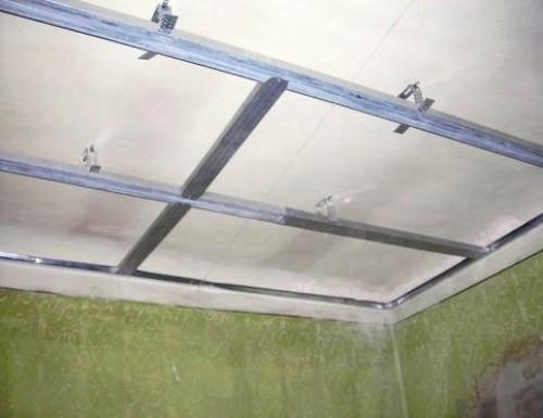 Монтаж каркаса потолка из гипсокартона