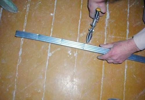 Режим профиль ножницами по металлу