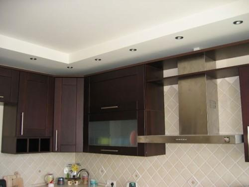 Дизайн потолков на кухне. Фото 5