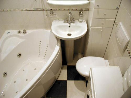 Дизайн ванной комнаты в хрущевке. Фото 11