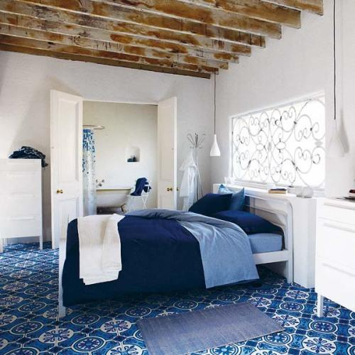Интерьер комнаты в синем цвете. Фото 5
