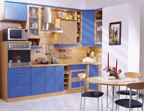 Интерьер кухни в синем цвете. Фото 10