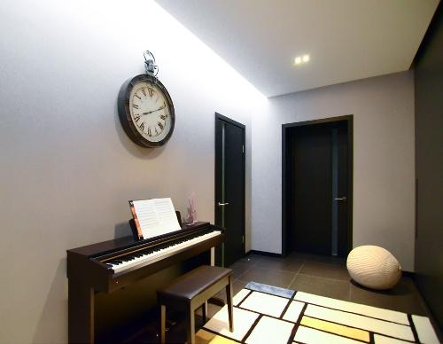 Интерьер трехкомнатной квартиры. Фото