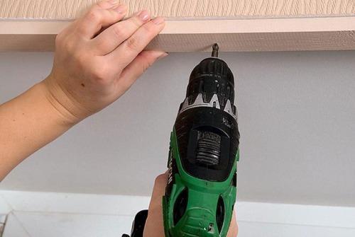 Как повесить шторы без карниза. Фото 3
