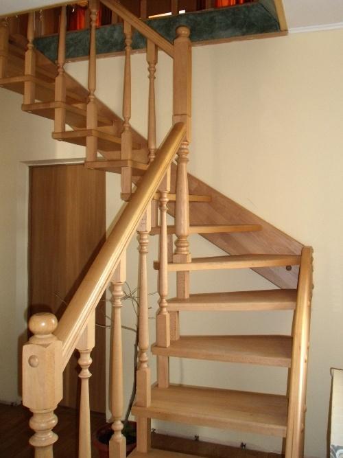 Лестница на мансарду. Фото 2
