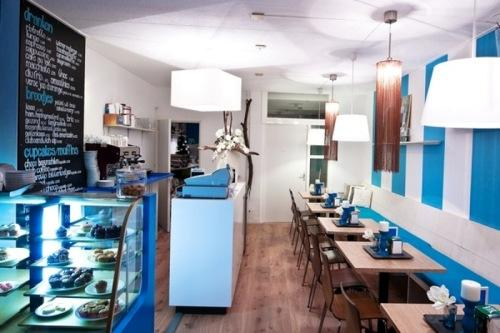 Минимализм в интерьере кафе. Фото 6