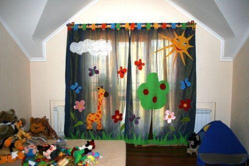 Оформление окна в детской. Фото 14