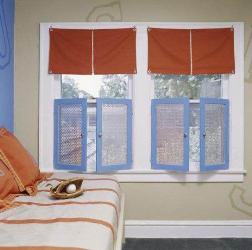 Оформление окна в детской. Фото 21