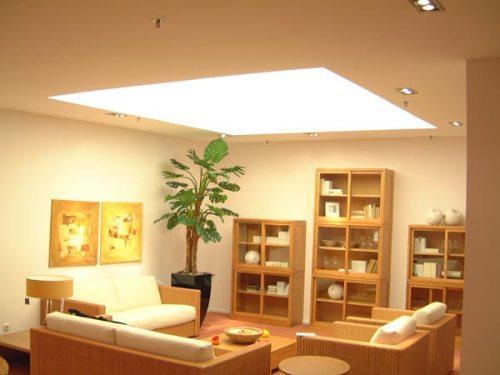 Потолок в гостиной. Фото 8