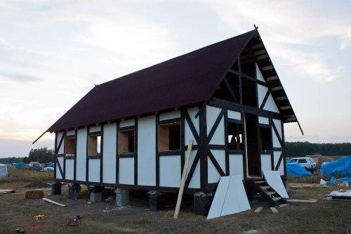 Дом из соломы своими руками. Фото