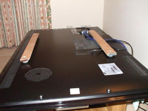 Как сделать крепеж для телевизора на стену?