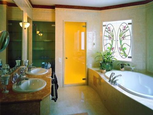 Стеклянные двери для ванной и туалета. Фото 9