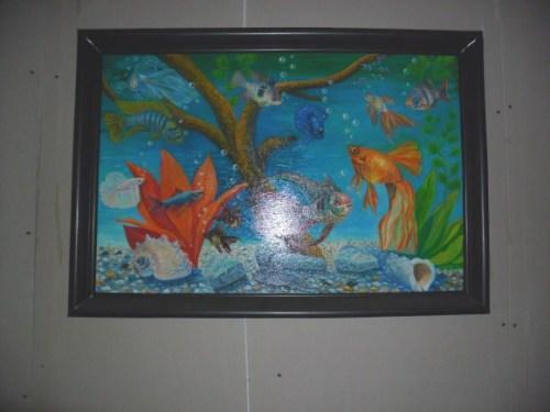 Рамка для картин из пластикового плинтуса