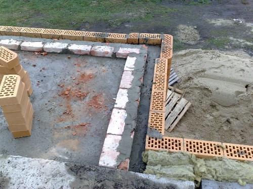 Строительство стен балкона