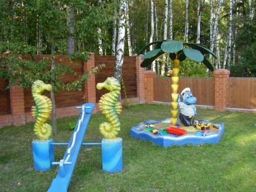 Оформление детской площадки своими руками