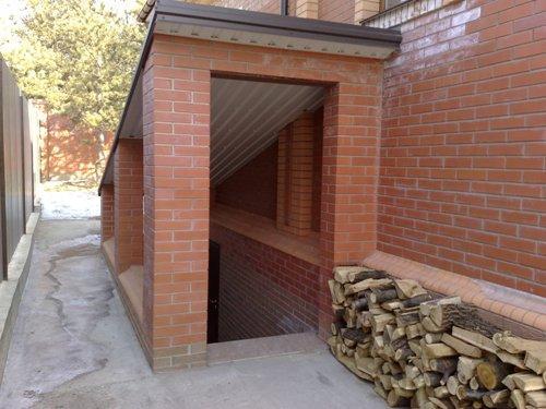 Как построить подвал