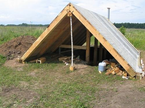 Строительство крыши землянки