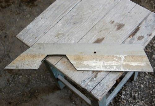 Правило для штукатурки стен в сложных местах